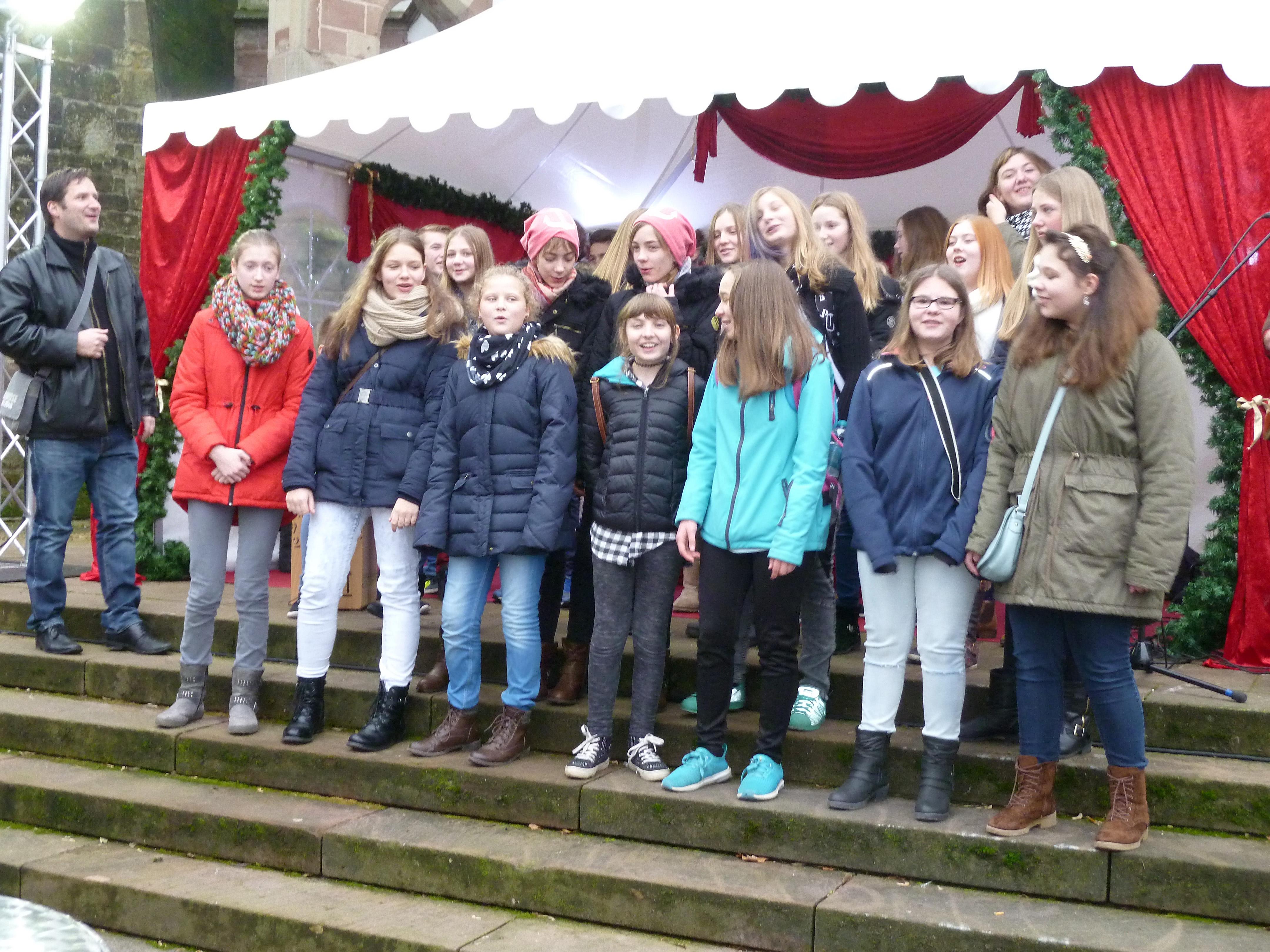 Weihnachtsmarkt 2016 - Auftritt Kinderchor